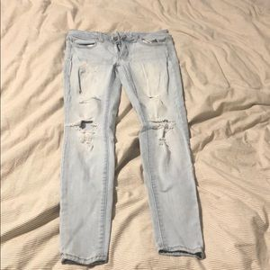 Excellent Condition AmericanEagle Distressed Jeans